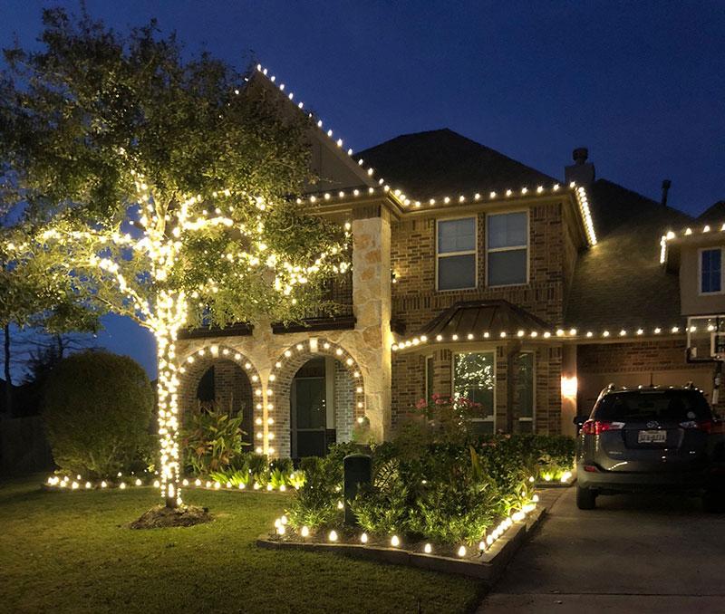 Best Professional Christmas Light Installations Kingwood